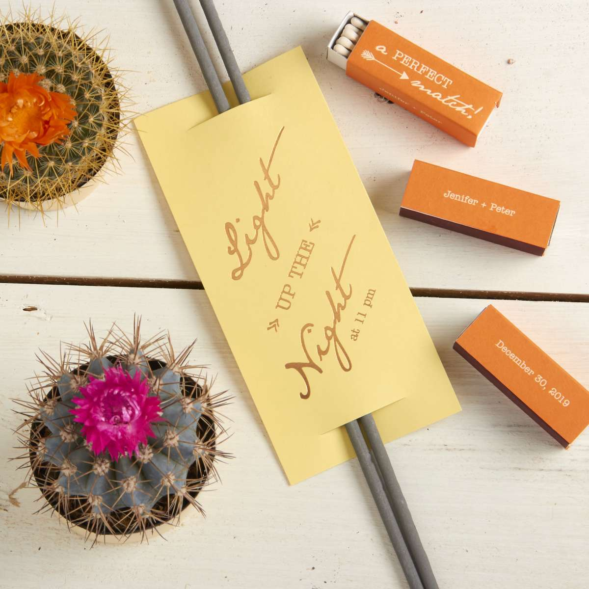 Personalized Wedding favors with matches and Wedding sparklers