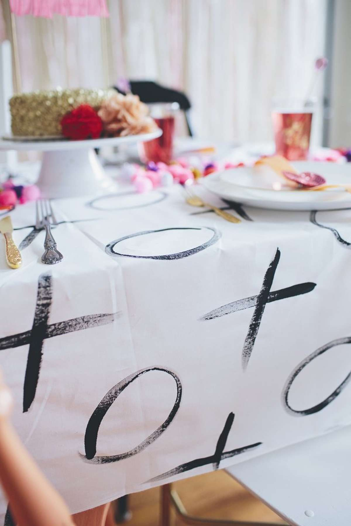 Valentine's Day DIY Tablecloth