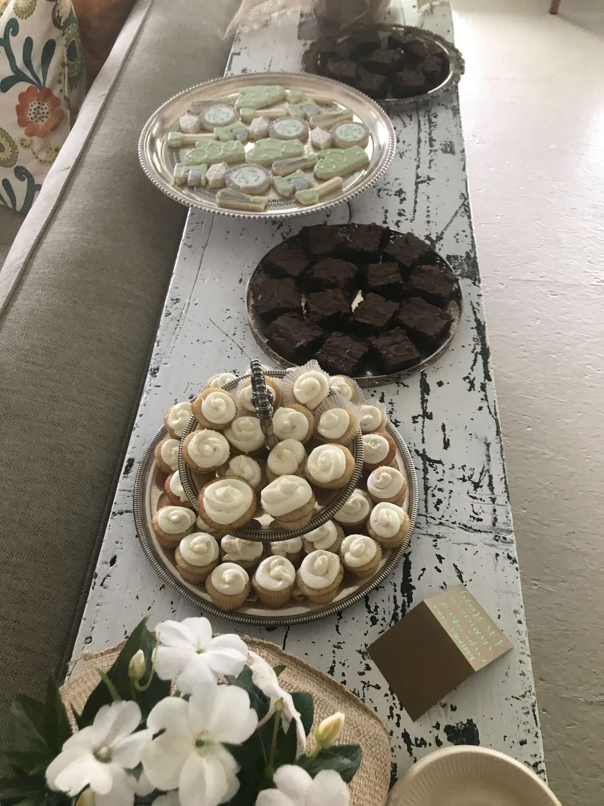 bridal shower desserts with custom cookies