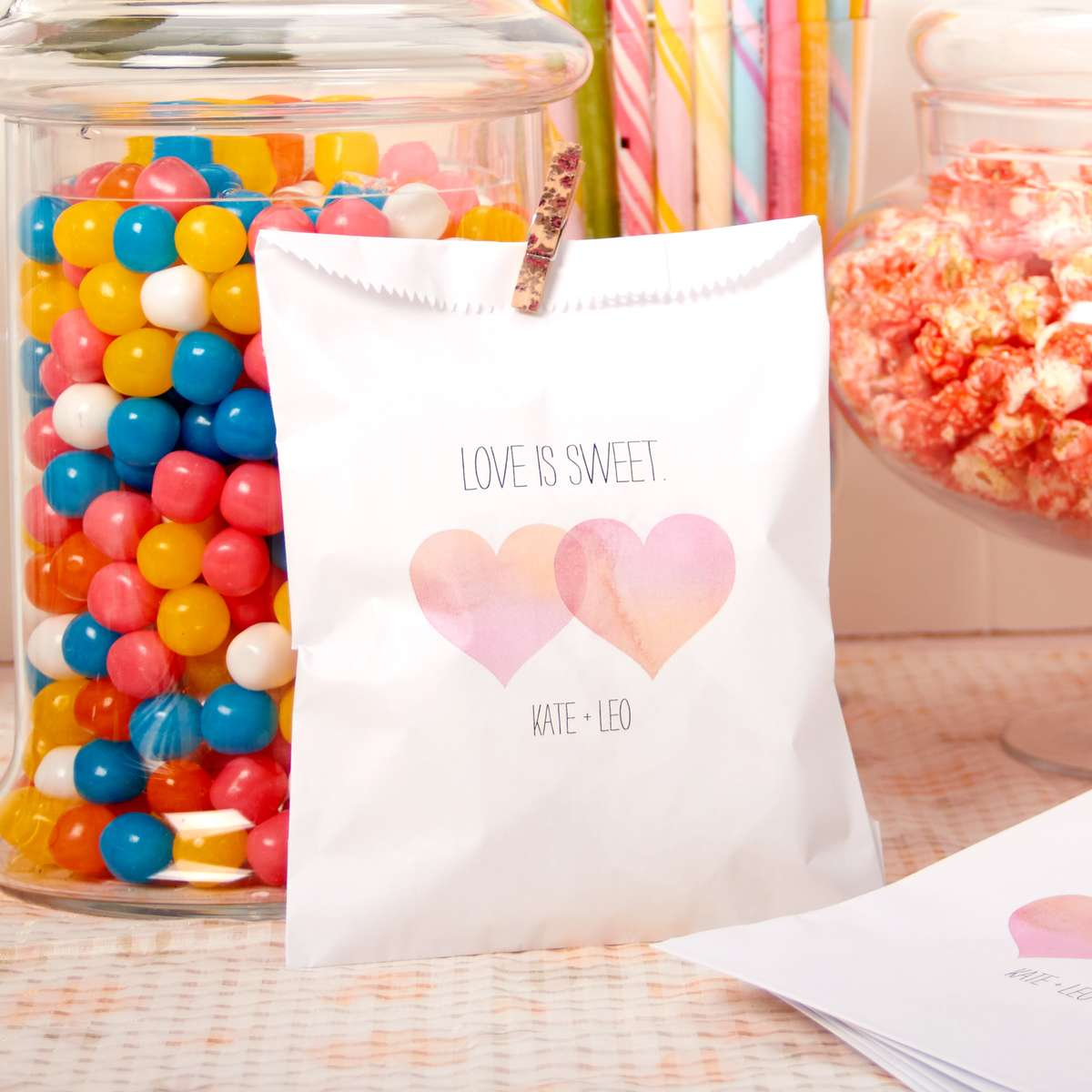 cute party favors for kid friendly wedding reception